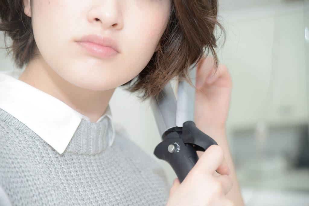 ショートヘアの女性のイメージ