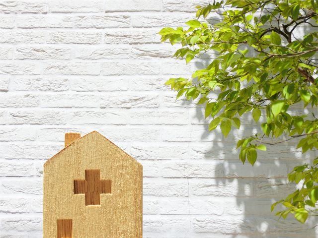 木製の病院イメージ
