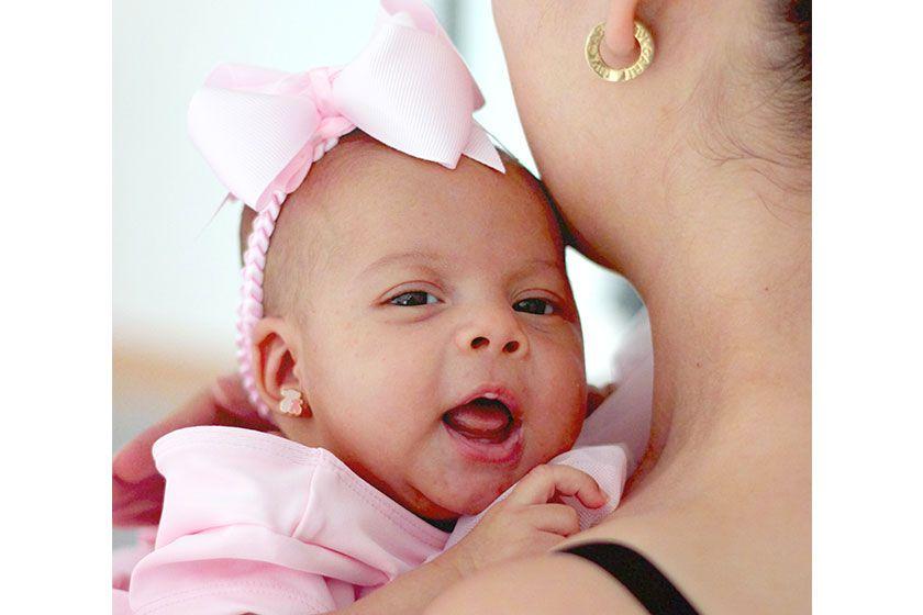 赤ちゃんのピアス2